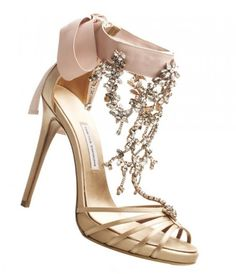Having these on my feet would make me feel like a princess instantly!!
