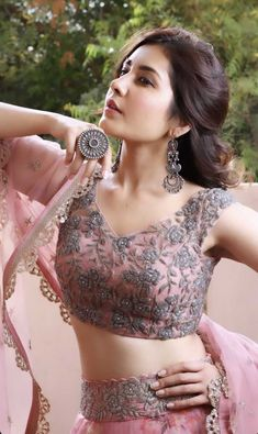 Beautiful Indian Girl Rashi Khanna In Pink Lehenga Choli Bollywood Wallpaper BOLLYWOOD WALLPAPER : PHOTO / CONTENTS  FROM  IN.PINTEREST.COM #WALLPAPER #EDUCRATSWEB