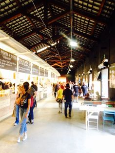Mercato metropolitano - Good variety of food, easy going atmosphere, for those who're looking for a chill sunday mood every day..you can sit outside so it's great in the summer !