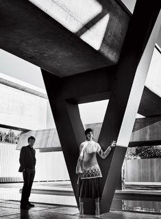 Vogue May 2017 Ellen Rosa and Callum Turner by Mario Testino