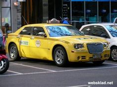 Pimped taxi cabs all over the world pics) Chrysler Cars, Chrysler 300, Weird Cars, Crazy Cars, Funny Meme Pictures, Yellow Car, Top Cars, Amazing Cars, Cars