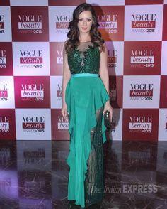 Evelyn Sharma at Vogue Beauty Awards 2015. #Bollywood #VogueBeautyAwards #Fashion #Style #Beauty