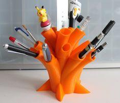 Pen Holder by damm301.