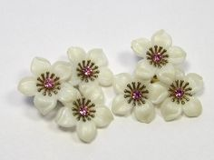 Vintage Soft Plastic White Flower Clip-on Earrings With Pink Rhinestone Centers