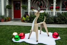 """""""Fix It and Finish It"""" host Antonio Sabato Jr. works with Mark to build a DIY Sawhorse Reindeer   11/21"""