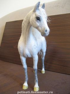 Needle felted Horse by Anna Petinati - Moscow Russia