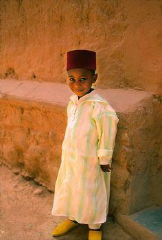Morocco boy - Maroc Désert Expérience http://www.marocdesertexperience.com