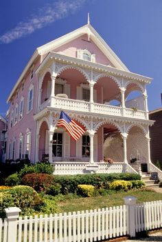 The Jersey Shore is home to this adorable town known for its grand and vibrant Victorian homes. In fact, the historic district has more than600 dollhouse-like homes, hotelsand inns, as well as several different blue beaches to choose from.