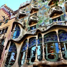 Do the Gaudi Tour (free, but excl. tip) and visit the Casa Batlo house. It's amazing!
