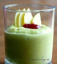 Sonnentor+Avocado-Smoothie Avocado Smoothie, Panna Cotta, Pudding, Ethnic Recipes, Desserts, Food, Detox Smoothie Recipes, Projects, Tailgate Desserts