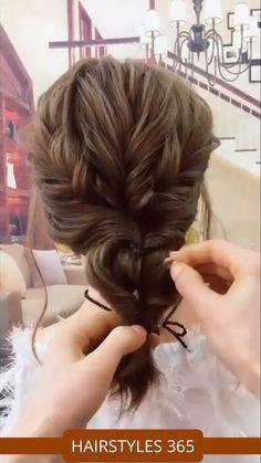 Hair Up Styles, Medium Hair Styles, Easy Hairstyles For Long Hair, Cool Hairstyles, Step Hairstyle, Hairstyle Ideas, Hairstyle Tutorials, Curly Hair Easy Updo, Easy Upstyles For Medium Hair