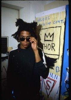 Eclectic Vibes — Jean-Michel Basquiat photographed by Gianfranco. Jean Michel Basquiat Art, Jm Basquiat, Andy Warhol, Radiant Child, Black History, Art History, Design History, Human Zoo, Pop Art