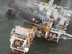22.05 Une plateforme de forage brûle aux larges de l'Etat de Louisiane, aux Etats-Unis.