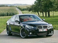 BMW E60 M5 black widebody