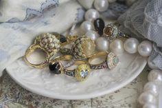 Elena Okutova rings Artichoke rings