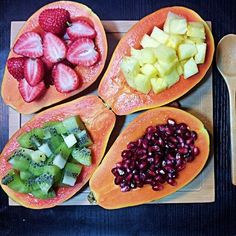 MENOS GRASAS -  Papaya ( yo no conseguí y reemplacé por melón, quedó espectacular) ... combinando con otras frutas ... frutillas, ananá, kiwis, granada ... o la que quieras !!!