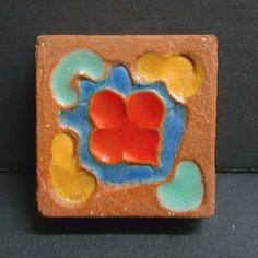 Vintage-Malibu-Floral-Insert-Tile