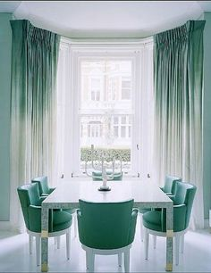 green diy ombre curtains, want this for my bedroom but in gray..