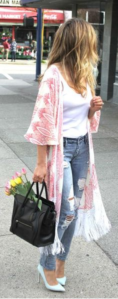Summer kimono. 99 Street Style Fashion Snaps | Spring 2015 -