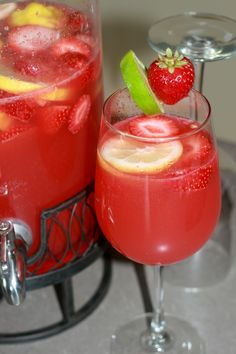 Strawberry Limeade Rum Punch | www.AllSheCooks.com | #summer #drink #adultpunch #fruity #alcohol