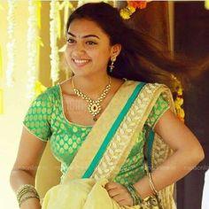 Beauty Pictures: Nazriya Nazim Kerala Bride, South Indian Bride, Beautiful Girl Indian, Beautiful Saree, South Indian Actress Photo, Most Beautiful Bollywood Actress, Nazriya Nazim, Samantha Photos, Tamil Brides