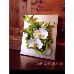 開院祝い インテリア 壁飾り カラー造花 アートフラワー 胡蝶蘭アーティフィシャルフラワー マットゴールドのフレーム|amada