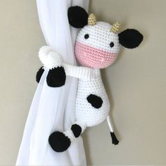 Cow curtain tieback crochet PATTERN right or left cow tieback Crochet Cow, Crochet Monkey, Crochet Hooks, Single Crochet Stitch, Double Crochet, Crochet Stitches, Crochet Patterns, Magic Ring Crochet, Crochet Curtains