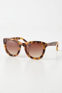 ava tortoise sunglasses / anthropologie