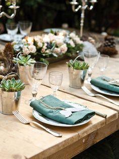 detalle verde en la mesa