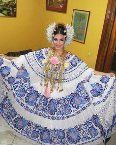 """'""""Salida hacia la Coronación""""'❤  #Dia2 #ReinaDelPostre2016 #AmoMiPueblo #AmoMiFolclore #CulturaYTradición #SanFranciscoDeLaMontaña."""