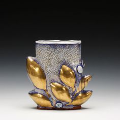 Schaller Gallery : Exhibition : Liz Quackenbush : Oval Leaf Vase