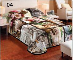 Tepla deka hnedej farby s roznymi vzormi Table, Furniture, Home Decor, Decoration Home, Room Decor, Tables, Home Furnishings, Home Interior Design, Desk