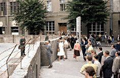 BERLIN 1961, der Mauerbau im August an der Harzer Straße in Neukölln