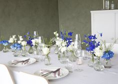 Dekorer et smukt festbord indtil den maj - Dekoration Verden Decoration Table, Tablescapes, Wedding Bouquets, Centerpieces, Table Settings, Dining Table, Vase, Furniture, Inspiration
