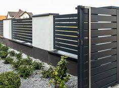 House Fence Design, Modern Fence Design, Front Gate Design, Door Gate Design, Unique House Design, Backyard Garden Design, Front Garden Ideas Driveway, Front Yard Fence, Metal Garden Gates