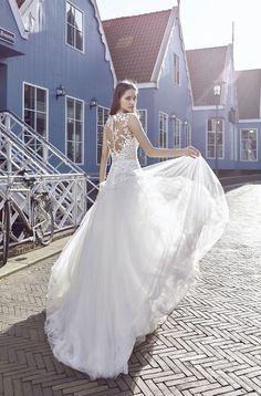 Robe Basel #collection #lepapillonbymodeca ! #robesdemariee #robes #wedding #weddingdress #dress #bridal #mariée #mariage
