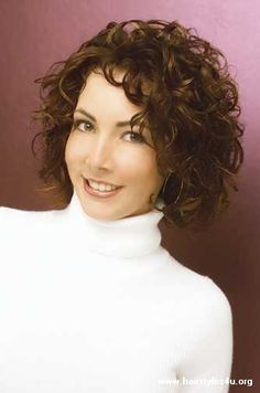 Short Curly Hairstyles Short Naturally Curly Hairstyles 2