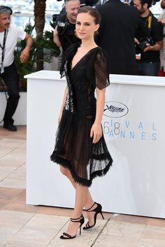 Cannes Film Festival Portman on Day 5 of the Cannes Film Festival wearing Rodarte with Dior strappy sandals. Nathalie Portman Style, Celebrity Dresses, Celebrity Style, Natalie Portman Dior, Cannes Film Festival 2015, Bollywood, Online Dress Shopping, Shopping Sites, Victoria Dress