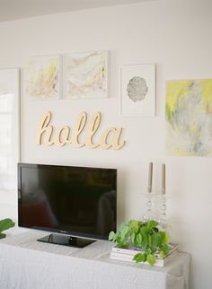 simple art wall + tv // katie parra for coco+kelley