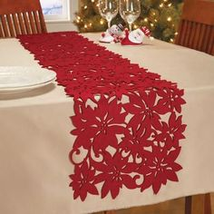 Red Felt Die Cut Poinsettia Table Runner By Collections Etc Decoration Christmas, Decoration Table, Xmas Decorations, Holiday Decor, Felt Christmas, Christmas Home, Christmas Holidays, Christmas Crafts, Christmas Table Settings