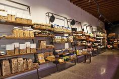 Retail Design | Food & Grocery Display | Organic Stores | EL BOCON DEL PRETE / Filippo Remonato / Bassano del Grappa, Italy