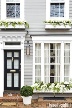 63 Ideas House Exterior Classic Architecture For 2019 Design Exterior, Exterior Paint Colors, Interior And Exterior, Grey Exterior, Exterior Shutters, Style At Home, House 2, House Front, Pintura Exterior
