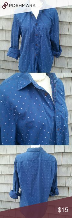 Canvas Lands End button down shirt Excellent condition sea blue with red dots accents. Canvas Lands End  Tops Button Down Shirts