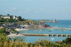 Eat fresh seafood at Port de Cancale; Bretagne, France
