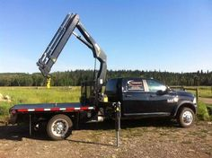 2013 Dodge Ram 5500 Knuckle Boom for sale by owner on Heavy Equipment Registry http://www.heavyequipmentregistry.com/heavy-equipment/15898.htm