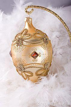 Christmas Bauble Fabergé Egg  ~ Ʀεƥɪאאεð вƴ ╭•⊰✿ вƴ © Ʀσxʌאʌ Ƭʌאʌ ✿⊱•╮