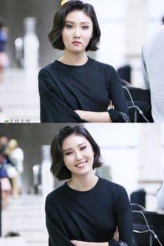 Mamamoo, Kpop Girl Groups, Korean Girl Groups, Kpop Girls, Jeonju, Rapper, Korean Beauty, Guys And Girls, Chanbaek