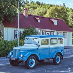 Retro style in Akureyri. Hit Like if you like the picture. North Iceland, Iceland Landscape, Amazing Nature, Retro Style, Picture Video, Travel Guide, Tours, Travel Guide Books, Retro Styles