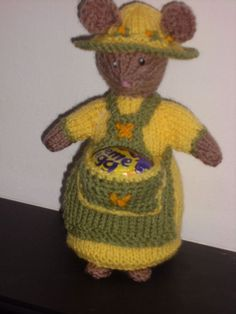HAND KNITTED EASTER MOUSE FOR CREAM EGGS /MOUSE/MICE ADAPTED FROM ALAN DART