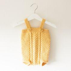 Summer romper by docksjo | Project | Knitting / Kids & Baby | Pants & Shorts | Bodysuits & Jumpsuits | Kollabora